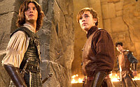 with william moseley and skandar keynes